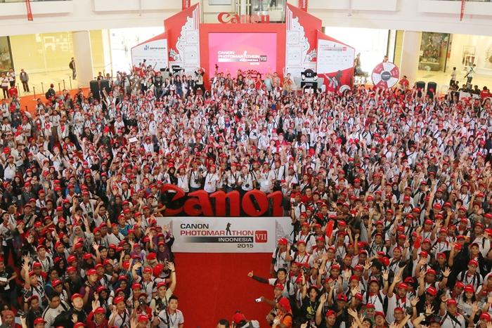 Sebanyak 1.874 peserta Canon PhotoMarathon Indonesia 2015 area Jakarta berkumpul di Atrium Utama Mall @Alam Sutera Tangerang, Sabtu (24/10) mengawali perhelatan fotografi akbar tersebut. Para peserta tidak hanya memperebutkan hadiah senilai ratusan juta rupiah dan trip klinik foto ke Jepang, tetapi juga berkesempatan menambah wawasan melalui seminar fotografi dan bersilaturahmi dengan para penggemar fotografi dari berbagai wilayah di tanah air.
